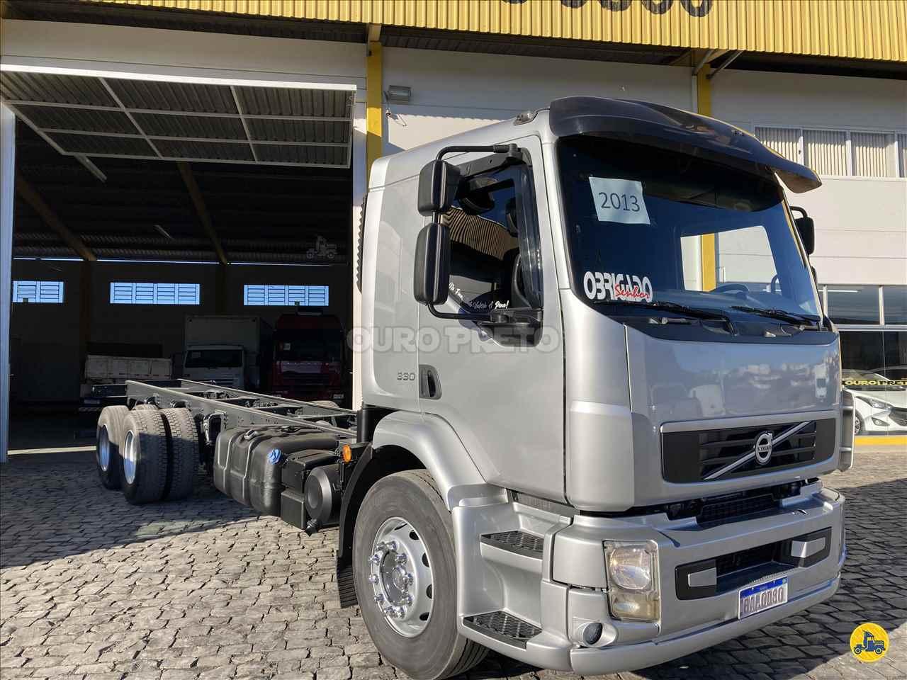 CAMINHAO VOLVO VOLVO VM 330 Chassis Truck 6x2 Ouro Preto Caminhões LAGES SANTA CATARINA SC